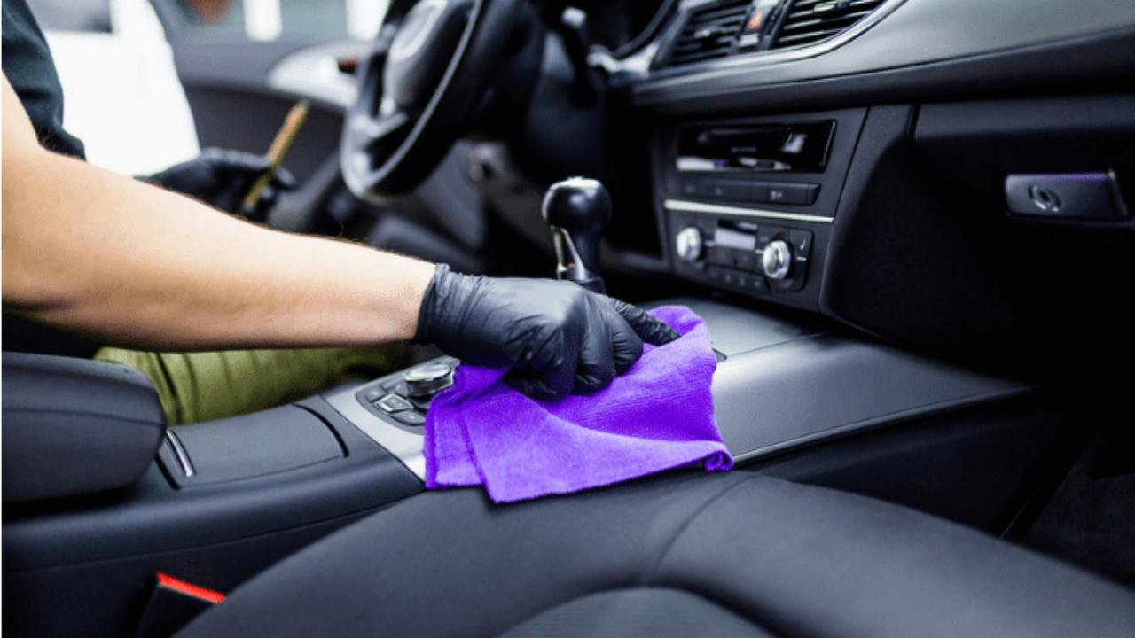 Best-Way-to-Clean-Car-Interior-Plastic-min-1280x720