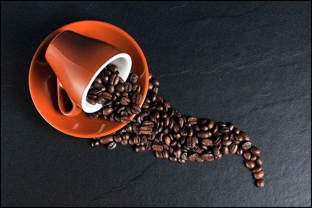 zrnková káva.jpg